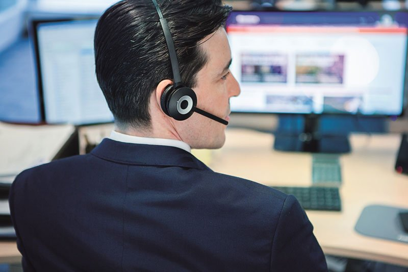 Man Using Jabra PRO 920