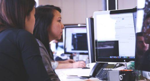 Women Analyzing data